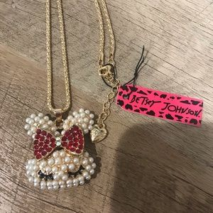 ✨✨Betsey Johnson Bunny 🐰 With a Bow Necklace ✨✨